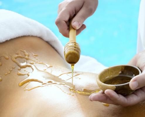 Russische Honig-Zimt-Massage